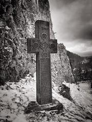 Eternal glory (Oliver_D) Tags: românia transylvania castle bran mountain stone cross