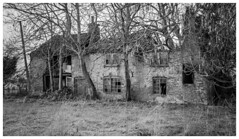 Abandoned Farm House (f_gray1) Tags: abandoned building farm house trees lincolnshire creepy monochrome photo photograph photography