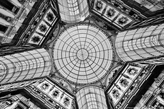 Mailand Galleria Vittorio Emanuele II 1 bw (rainerneumann831) Tags: galleriavittorioemanueleii lookup gallerie decke bw architektur blackandwhite ©rainerneumann mailand milano