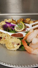 (cafe_services_inc) Tags: cafeservicesinc glendaleseniordining woodside taylorhome holidayparty holiday2018 shrimp shrimpcocktail scallops scallopsandbacon briecranberryalmondphyllocup