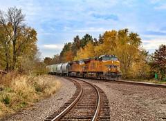 UP 7881 at Kinmundy, Illinois (Illinois Railfan) Tags: up7881 trainhunting upsalemsub unionpacific