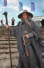 MCM London Oct 2018 Friday XXIX (Lee Nichols) Tags: mcmlondonoct2018friday canoneos600d cosplay cosplayers costume costumes comiccon photoshop londonexcel mcmcomiccon mcm gandalfthewizard gandalf gandalfthegrey lotr lordoftherings