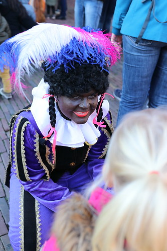 "2018-11-18 Sinterklaas-fotografie VraagAnthea (25) <a style=""margin-left:10px; font-size:0.8em;"" href=""http://www.flickr.com/photos/44627450@N04/45249163874/"" target=""_blank"">@flickr</a>"