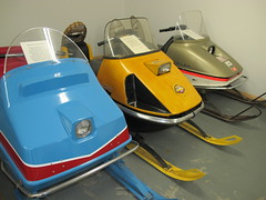 1970 OMC Snow Cruiser; 1970 Ski-Doo Nordic; Johnson 30 snowmobiles (JarvisEye) Tags: botwood canada antique snowmobile museum newfoundland 1970 oms snowcrioser skidoo nordic johnson