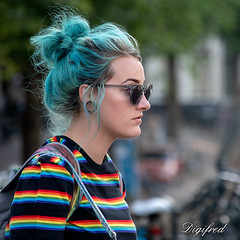 Girls Just Want To Have Fun. (Digifred.nl) Tags: digifred 2018 amsterdam nikond500 nederland netherlands holland straat street city grachten streetphotography toeristen candid people portret portrait streetportrait girl kleuren colors haar hair earring oorbel zonnebril sunglasses rainbowcolors