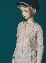 IMG_6731 (greenwolfy) Tags: bjd bolljointerddolls unoa unoazerolatea knitting