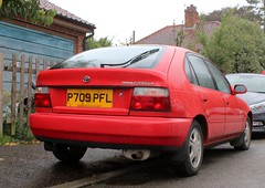 P709 PFL (Nivek.Old.Gold) Tags: 1997 toyota corolla gs auto 5door 1332cc collywestongarage stamford