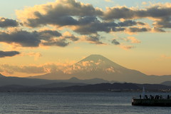 Mt. Fuji (cate♪) Tags: mtfuji evening clouds lighthouse