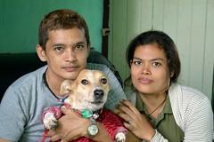 family portrait (the foreign photographer - ฝรั่งถ่) Tags: family portraits khlong thanon bangkhen bangkok thailand dog nikon