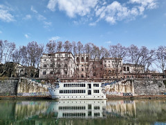 Tevere (leosagnotti) Tags: fiume roma italy boat riflessi lungotevere alberi nubi