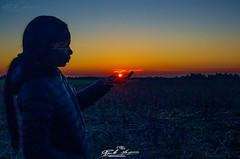 QUANDO O REI ADORMECE NA TUA MÃO, AGOLADA DE CIMA, CORUCHE, RIBATEJO, PORTUGAL (paulomarquesfotografia) Tags: agolada de cima coruche ribatejo portugal pentax k5 fa 100mm paulo marques por sol pordosol sun sunset silhueta retrato portrait crepusculo f28