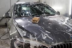 IMG_1360 (Blongman) Tags: auto car vl japan bmw toyota x6m carwash wash water russia 7d