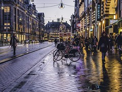 The life of Amsterdam (Oash_Dany) Tags: amsterdam holland longexposure nightshot bruxelles belgium