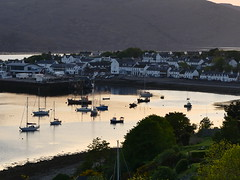 174 P1140018 Ullapool at Sunset (Photos-Tony Wright) Tags: scotland may 2018 northwest ullapool sunset
