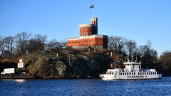 The commuter boat Djurgården 9 in Stockholm (Franz Airiman) Tags: båt boat ship fartyg stockholm sweden scandinavia djurgårdsfärjan djurgårdslinjen sl kollektivtrafik pendling publictransport kastellholmen