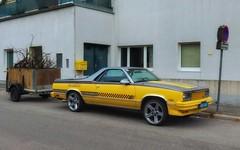 el camino (try...error) Tags: chevy chevrolet uscar us car usa gelb yellow elcamino silver urban street