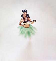 Hula Girl Bobblehead (musubk) Tags: large format 4x5 kodak portra portra400 film analog