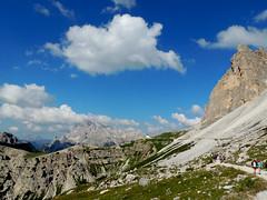 Rifugio Auronzo - 3 (antonella galardi) Tags: veneto belluno auronzo cadore dolomiti dolomites montagna escursione escursionismo 2018 rifugio trecime dreizinnen lavaredo cristallo