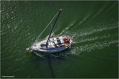 das Boot (geka_photo) Tags: gekaphoto kiel schleswigholstein deutschland nok nordostseekanal boot segelboot grün wasser