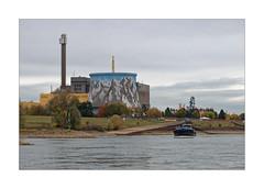METAMORPHOSE (Babaou) Tags: deutschland niederrhein nrw kreiskleve kalkar atomkraftwerk schnellerbrüter wunderlandkalkar freizeitpark rhine dxopl rhein