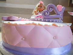 Little Princess Cake (dolciefantasia) Tags: biscotti cake cakedesign cakepops compleanno cupcake decorazione dolci dolciefantasia fantasia festa minicake pastadizucchero torta