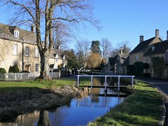 Winter Afternoon, Cotswolds (jacquemart) Tags: winterafternoon cotswolds cottage stream touristspot lowerslaughter gloucestershire