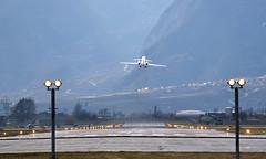 Voyages (Alexis Antille) Tags: avion sion aéroport aéroportdesion sionairport vacances voyages décollage lsgs