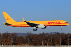 DHL (DHL Air)  Boeing 757-23N(SF) G-DHKM (widebodies) Tags: frankfurt main fra eddf widebody widebodies plane aircraft flughafen airport flugzeug flugzeugbilder dhl air boeing 75723nsf gdhkm