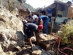 Engagez-vous comme volontaire au Népal et partagez vos savoir-faire avec les équipes locales ! (infoglobalong) Tags: bénévolat humanitaire stage bâtiment construction reconstruction catastrophe séisme tremblementdeterre maison structure chantier asie népal