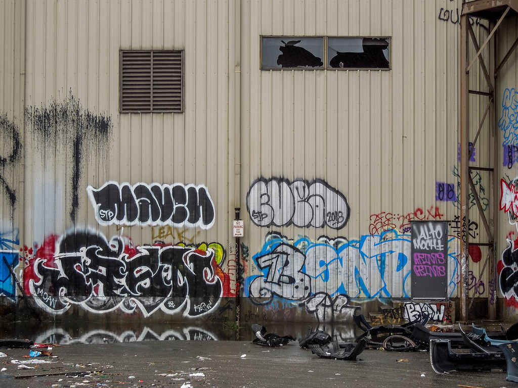 The World's newest photos of graffiti and maven - Flickr