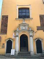 IMG_5746 (Andy961) Tags: polska poland poznan holyblood catholic church churches doorway entrance portal