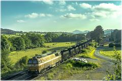 Vacío de carbón en El Cuitu (440_502) Tags: danesa mz comsa rail transport el cuitu valle carreño ensidesa vacío carbón avilés aboño ptt
