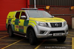 Northern Ireland Ambulance Service / JRZ 3010 / Nissan Navara / Incident Response Vehicle (Nick 999) Tags: northern ireland ambulance service jrz 3010 nissan navara incident response vehicle nias hart irv hazardousarearesponseteam blue lights sirens led leds paramedics northernirelandambulanceservice jrz3010 nissannavara incidentresponsevehicle