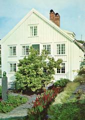 Postkort fra Agder (Avtrykket) Tags: bolighus byste hus museum postkort grimstad austagder norway nor