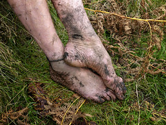 Autumn feet (Barefoot Adventurer) Tags: barefoot barefooting barefooter barefoothiking barefeet barefooted baresoles barfuss anklet arches autumnbarefooting arch autumnsoles ankles connected callousedsoles callouses dryearth earthsoles earthing earthstainedsoles earth freedom flexiblefeet footmassage ferns grounding gloriousmud grounded healthyfeet happyfeet hardsoles heelcracks hiking energy texture leathersoles leathertoughsoles livingleather wrinkledsoles walking toughsoles toepoint ruggedsoles naturalsoles naturallytough naturally natural naturallybarefoot