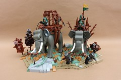 Attack of the War-Elephants (-Balbo-) Tags: lego elephants creation bauwerk fantasy war warelephants attack brandküste