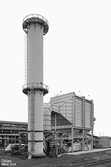 Huta im. T. Sendzimira (obecnie ArcelorMittal Poland Oddział Kraków) - Wielkie Piece, elektrofiltr namiarowni wielkiego pieca nr 5. / Tadeusz Sendzimir Iron&Steel Works (currently ArcelorMittal Poland Unit in Kraków) - electrostatic precipitator. (Cezary Miłoś Przemysł w fakcie i obrazie) Tags: cezarymiłoś cezarymiłośfotografiaprzemysłowa cezarymiłośfotografiaindustrialna cezarymilosindustrialphotography cezarymilos 2016 cracow arcelormittal architekturaprzemysłowa arcelormittalpoland arcelormittalpolandoddziałkraków małopolska małopolskie metalurgia metallurgy lesserpoland eisenwerk elektrofiltr odpylnia odpylaczelektrostatyczny elektrofilter elektrofiltrnamiarowni poland polska polen przemysłciężki przemysłmineralny przemysłmetalurgiczny przemysłhutniczy huta hutnictwo hütte hutaimtsendzimira hutasendzimira hts heavyindustry hochofen hutaimlenina hutalenina ochronaśrodowiska ekologia układodpylania industry industrial industrie industrialarchitecture ironworks ironsteelworks nowahuta kombinat komin kominstalowy металлургическийзавод доменнаяпечь