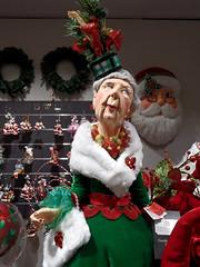 British Christmas (onnola) Tags: berlin deutschland germany schöneberg kadewe kaufhausdeswestens kaufhaus departmentstore dekoration decoration shop weihnachten christmas figur puppe doll dame lady frau woman old alt weis rot grün white red green