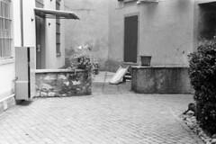 Como, Via Borsieri, 2018 (sirio174 (anche su Lomography)) Tags: playground playgrounds parcogiochi parchigiochi giochi como italia italy