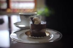 Birthday Cake / 17歳は一度だけ      Kern Paillard SWITAR RX  1:1,4  F=25mm (情事針寸II) Tags: cmountlens bokeh food cake pâtisserie bavarois kernpaillardswitarrx114f25mm