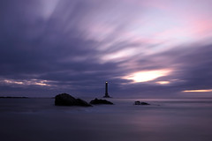 P9100568 (ernsttromp) Tags: france olympus omd em10 918mmf456 m43 microfourthirds mirrorless mft mzuiko neutraldensityfilter 3x2 nd1000 nd30 2018 longexposure clouds lighthouse normandy coast coastline water sea ocean motion sunset island rock bigstopper
