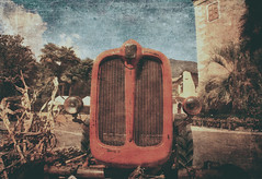 The old tractor (vittorio.chiampan) Tags: tractor agriculture old vintage fineart art