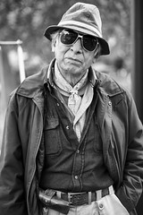 A black and white street portrait (Frederik Trovatten) Tags: streetportrait streetportraits portrait portraitphotograph portraitphotography blackandwhite blackandwhitephotography streetphotography streetphoto streetphotos city man glasses cool guy mexican mexicocity mexico noir monochrome monochromatic