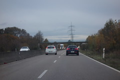 a Fiat is just overtaking an Alfa Romeo (mgheiss) Tags: bundesstrase b28 fiat alfaromeo überholvorgang sony rx100 road cars autos strasenverkehr