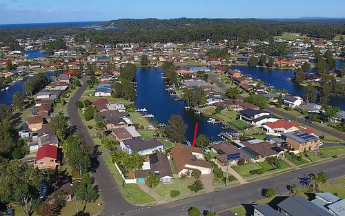 96 Jacobs Dr, Sussex Inlet NSW 2540