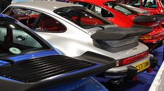 Porsche 911 (930) Turbo (JoRoSm) Tags: lancaster insurance classic motor show nec birmingham car cars automobile auto nationalexhibitioncentre carshow 2018 sports performance classics yesteryear polished rides wheels canon 500d tamron porsche porker german supercar old 1989 911 930 turbo flachbau flatnose coupe whaletail silver blue red eos transport national exhibition centre indoor