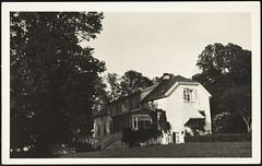 Postkort fra Agder (Avtrykket) Tags: bolighus gård hage hus postkort arendal austagder norway