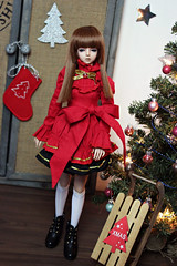 merry christmas! 🎁 (zinery) Tags: abjd bjd asian ball jointed doll aquariusdoll aquarius ava light brown tan skin 14 msd size girl slim mini default faceup face up wilhelmina dollzone red dress