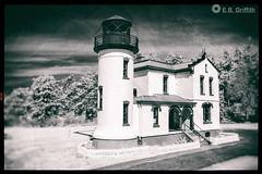 Lighthouse - NIK Analog Efex Pro 2 (Jutaika) Tags: infrared lighthouse sanjuanislands washington analog efex vintage bw blackwhite niksoftware