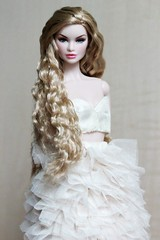Lady in cream (Bogostick) Tags: ladyinred erin erinsalston nuface integritytoys